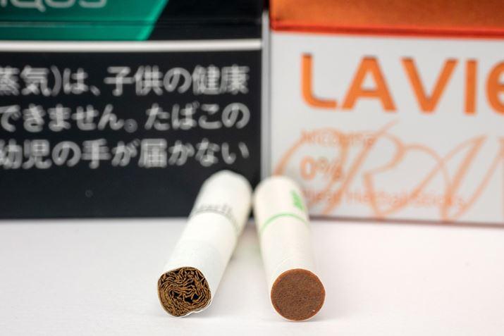 """用IQOS 3评鉴三款""""LAVIE"""" 甜瓜,薄荷,橙味"""